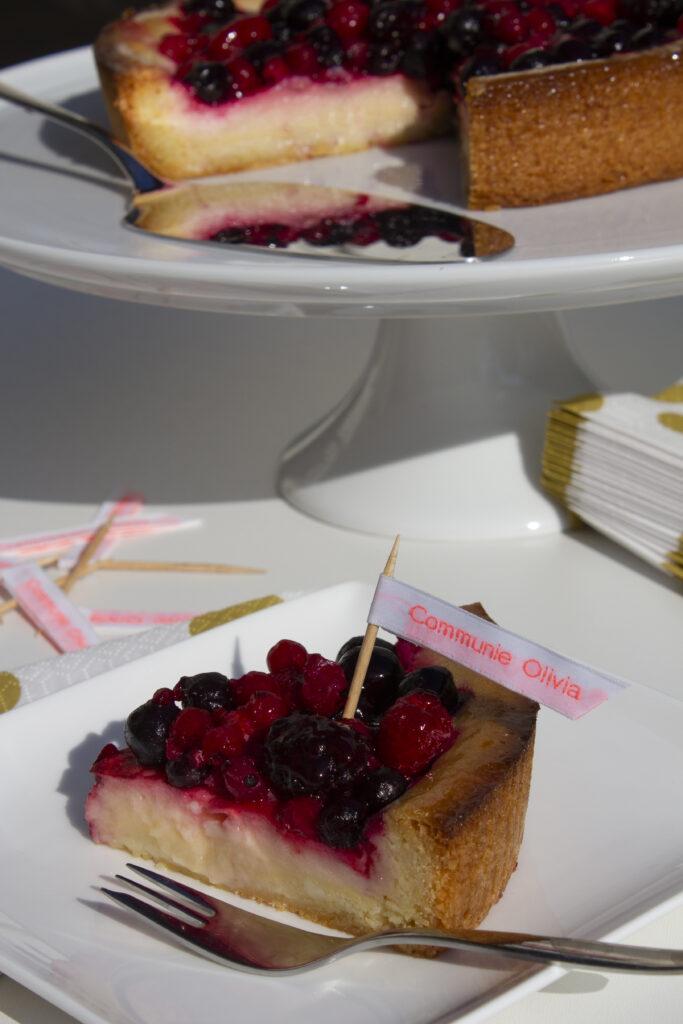 een naamlabel voor de taartdecoratie